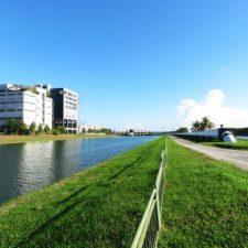 architecture-blue-sky-building-532006